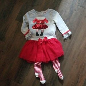 Gorgeous Christmas outfit!